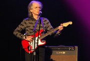 Win a DT50 Amp Signed by Steve Howe of Yes